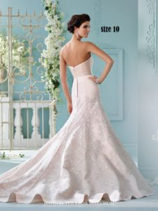RUN for the DRESS St Louis' LARGEST BRIDAL GOWN SALE